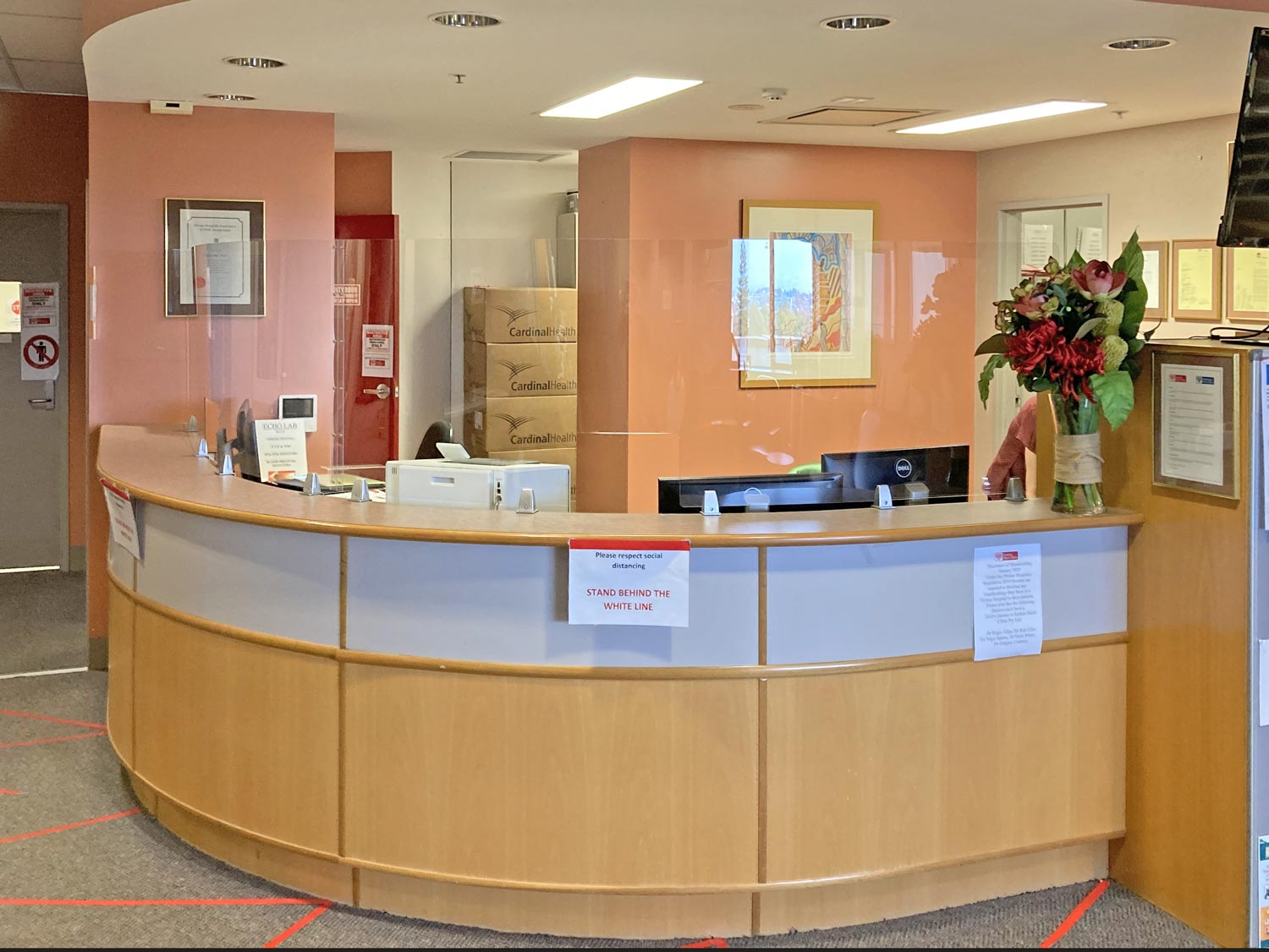 Protective Reception screen installed at Eastern Heart Clinic